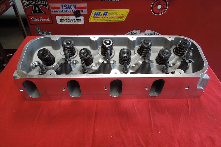 10 Rebuilding A Vortec 8100 Raylar Big Power Cnc Aluminum Heads