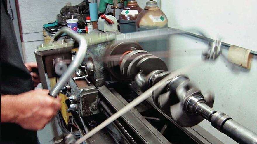 02 440 Mopar Engine Crankshaft