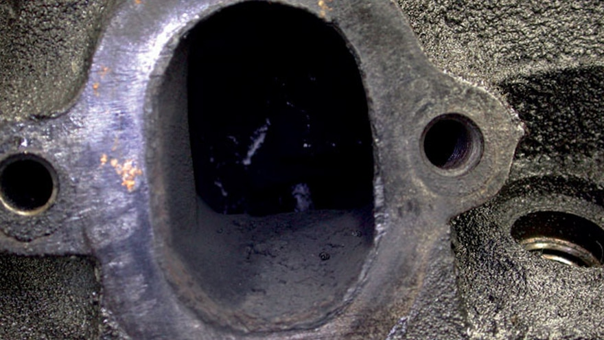 04 Big Block Ford Engine Build Stock Exhaust Ports