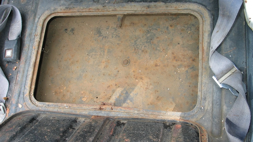23 How To Buy A Jeep Flatfender Underseat Toolbox Rust