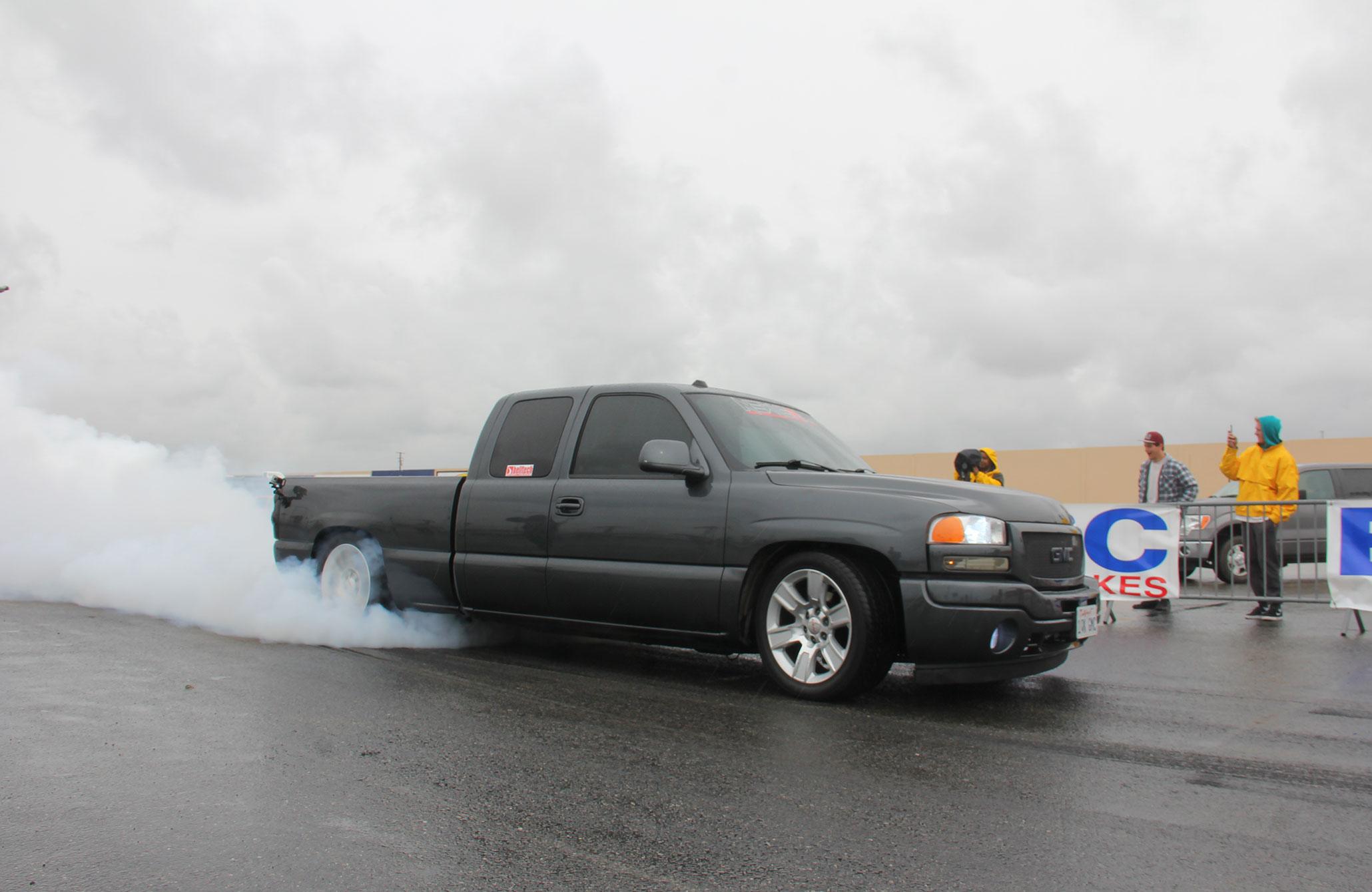 2015 Truckin Throwdown Presented by EBC Brakes - Beware Of Flying Cones