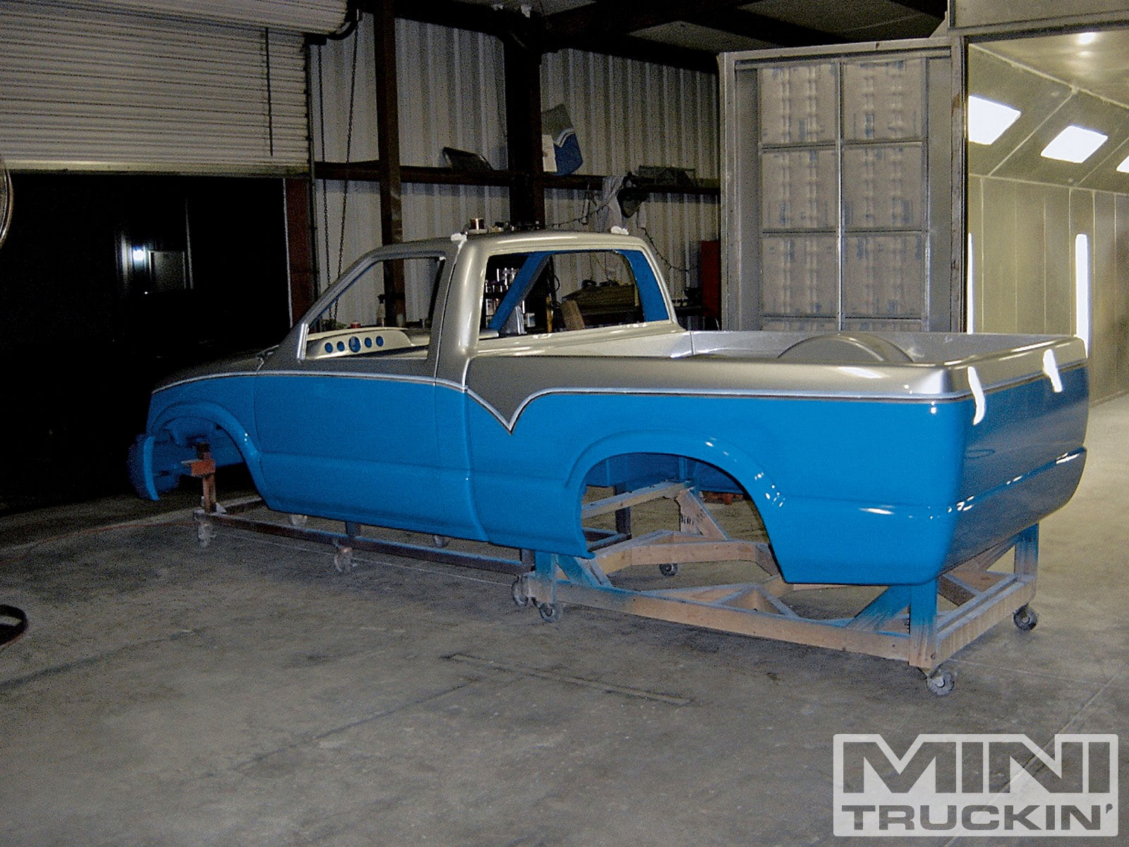 Two Tone Paint Job On A 1994 Chevy S10