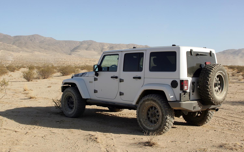 Performance Test Xplore Adventure Series 2012 Jeep Wrangler Unlimited Rubicon Photo Image Gallery