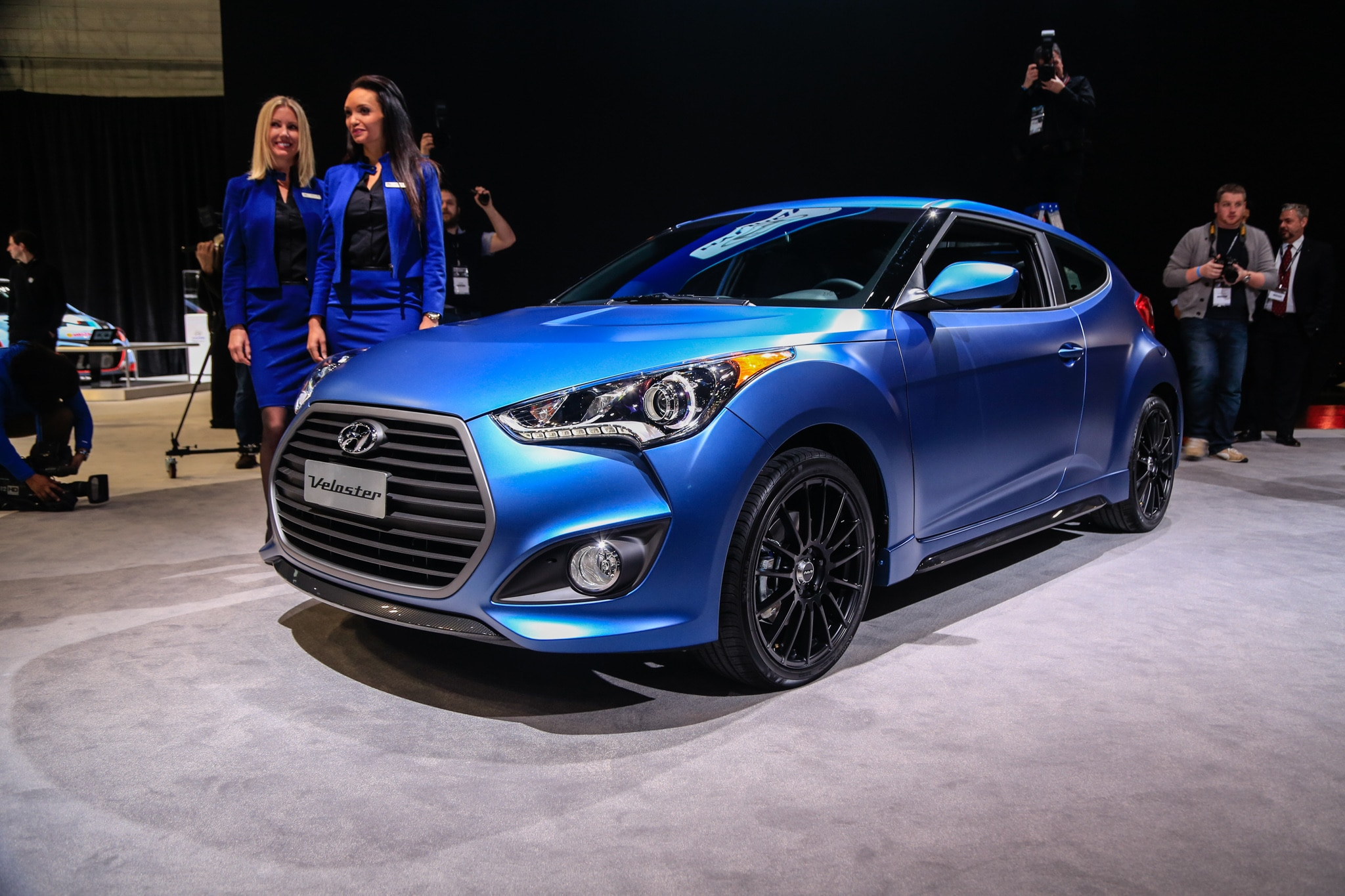2016 Hyundai Veloster First Look